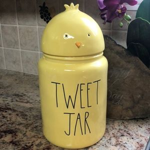 🆕Rae Dunn Large Yellow TWEET JAR With Chick Top